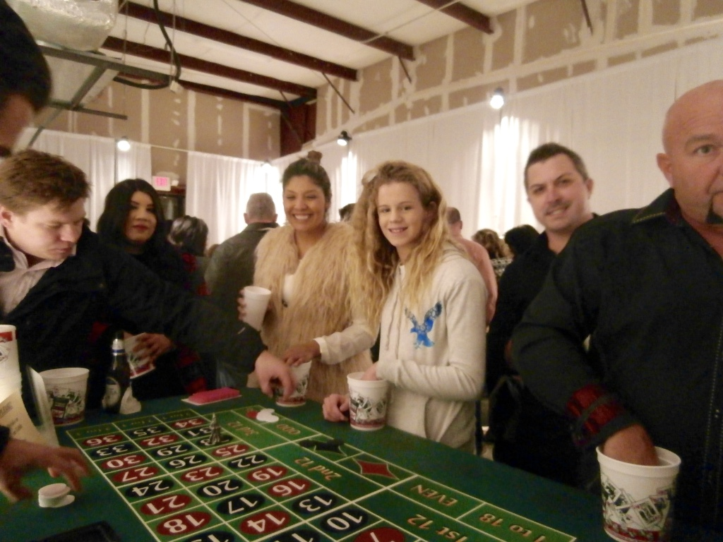 how to host a casino night fundraiser