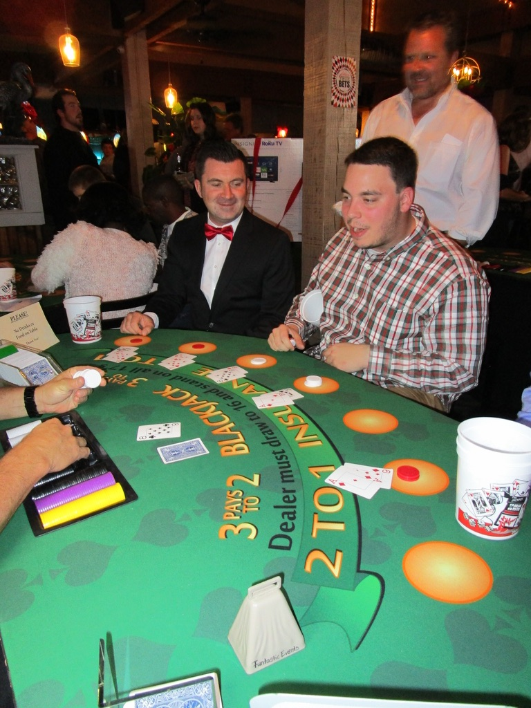 casino-theme-party-ideas-for-adults